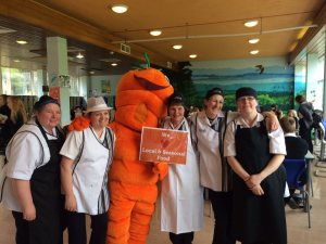 Carrot with Currie High Staff (2)